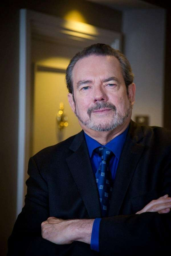 Songwriter Jimmy Webb is out with a memoir,