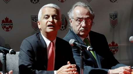 Sunil Gulati, left, President of the United States