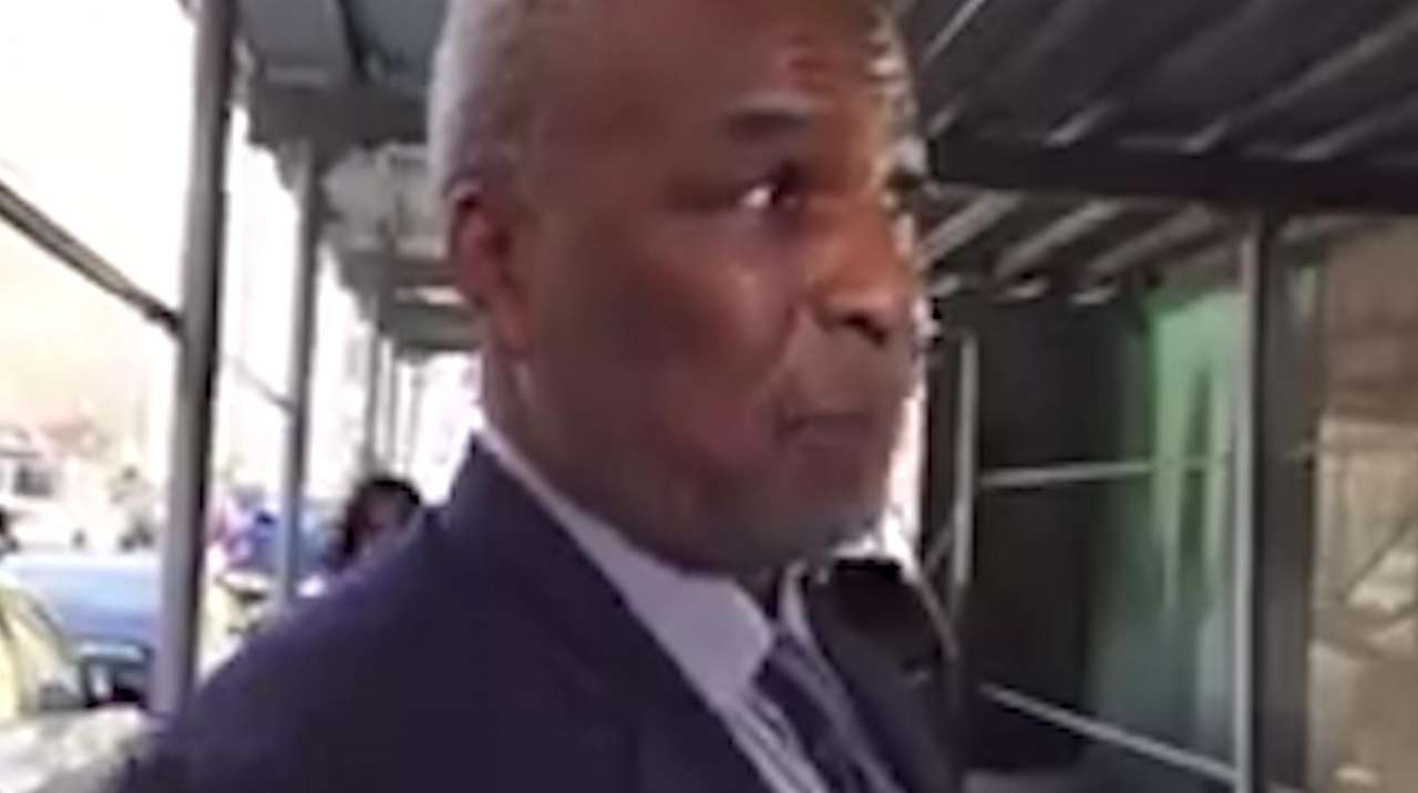 Former Knicks forward Charles Oakley spoke with reporters