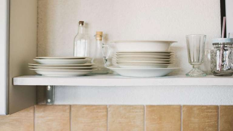Open shelving allows you to display pretty crockery