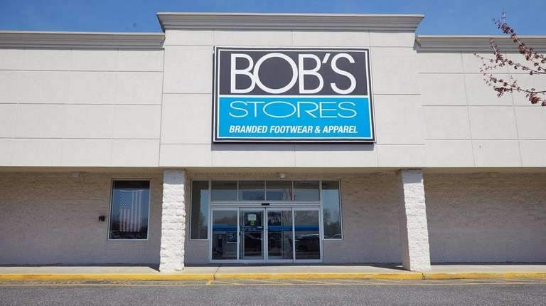 Bob's Stores' West Islip location on Sunrise Highway