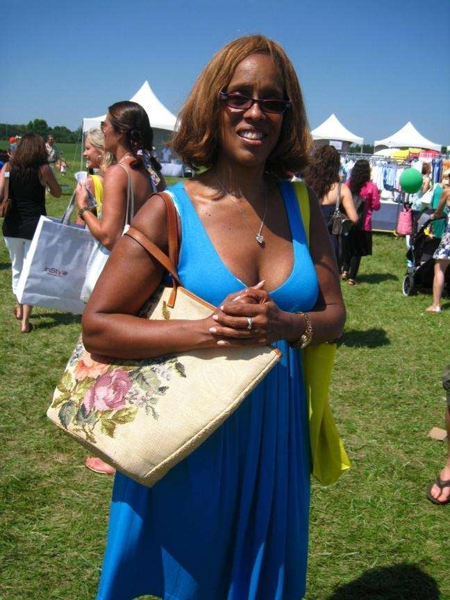 Gayle King shops for bargains at the 12th