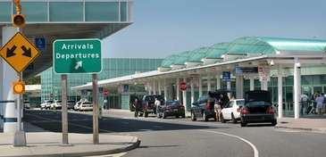 Passengers arrive for their flights at Long Island