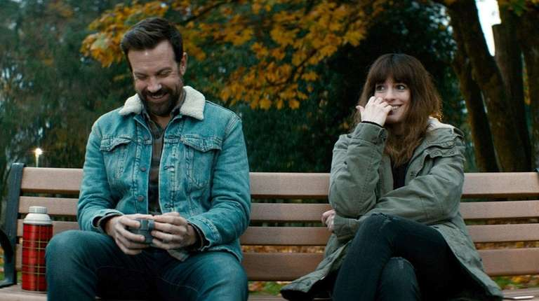 Jason Sudeikis and Anne Hathaway, who suspects she