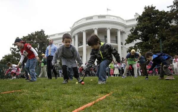 Children participate in the annual White House Easter