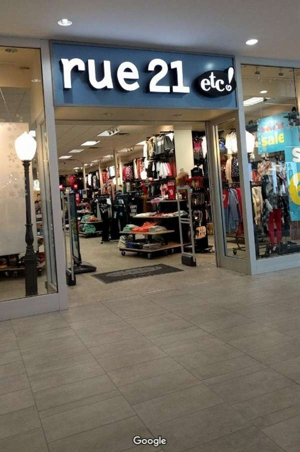The rue21 at Broadway Mall in Hicksville is