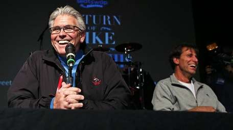 Mike Francesa greets longtime partner Chris Russo as
