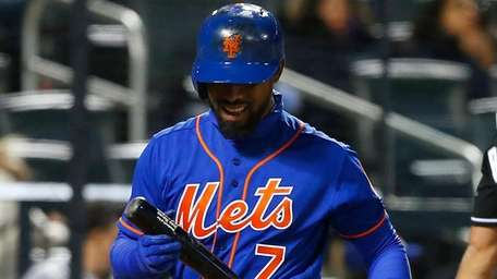 Jose Reyes of the New York Mets strikes out