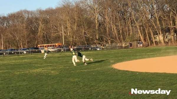 Ward Melville defeated Patchogue-Medford, 4-3, in Suffolk I