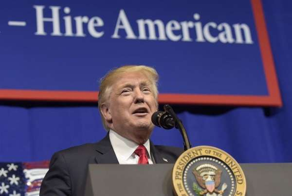 President Donald Trump speaks at Snap-on Inc. in