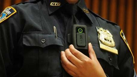 NYPD Sgt. Andrea Cruz wears the Vievu LE3