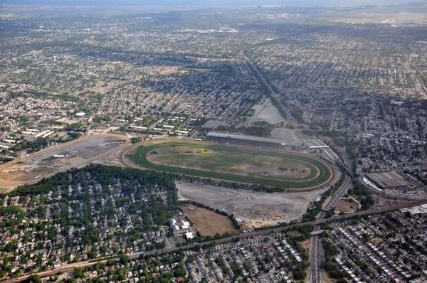 Islanders Plan To Submit Bid For Arena At Belmont Park