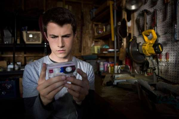 Dylan Minnette stars in