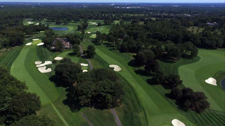 The Glen Oaks Club in Old Westbury will