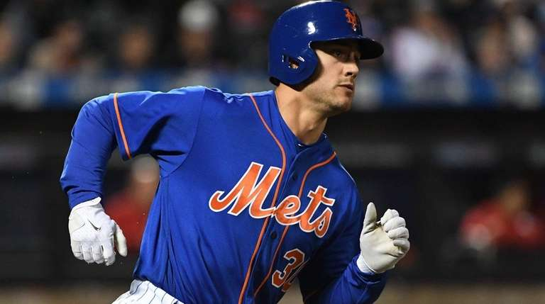 New York Mets leftfielder Michael Conforto had three