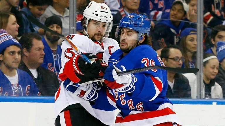 Mats Zuccarello of the New York Rangers tries