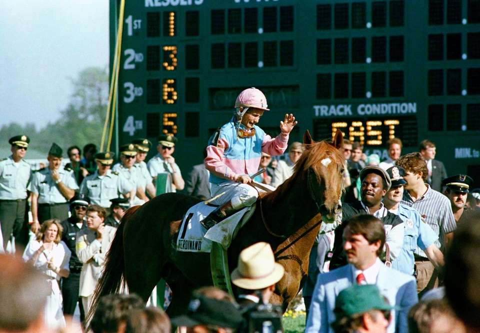 Kentucky Derby wins: 4 Horses ridden: Swaps (1955),