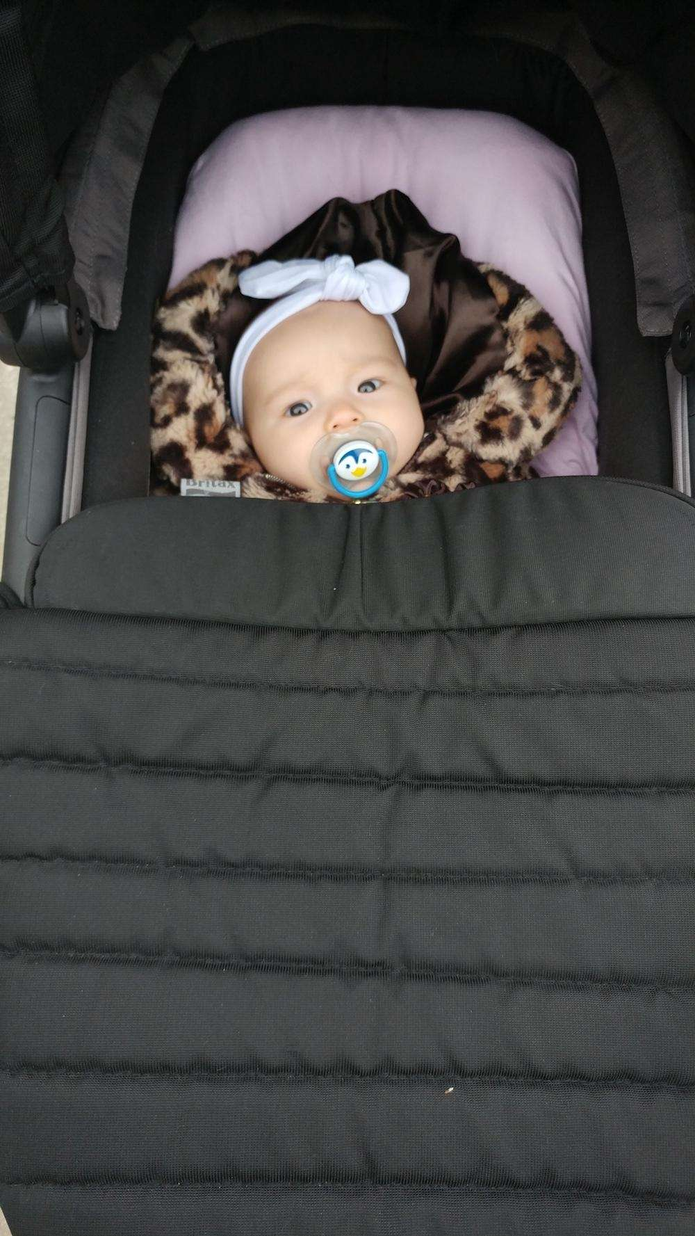 Elisabeth going out for a walk with mommy