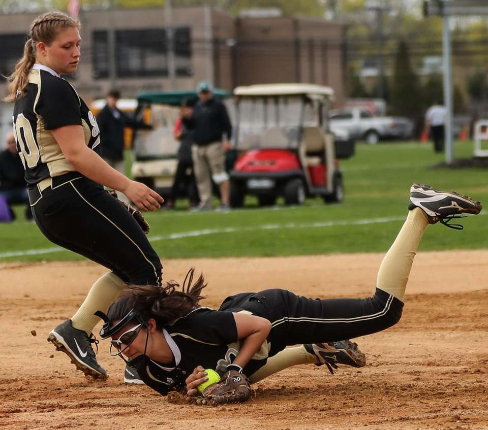 Alicia Ventiere of Sachem North makes the out