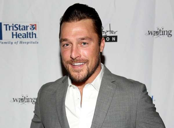 'Bachelor' star called 911 before allegedly fleeing scene