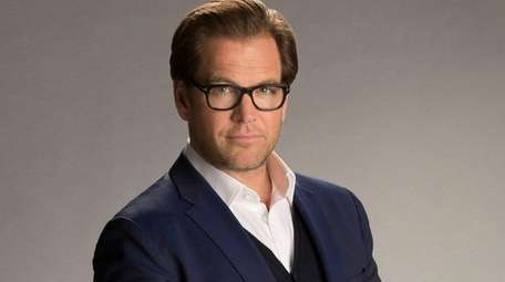 Michael Weatherly stars as Dr. Jason Bull in