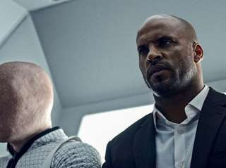 Ricky Whittle plays Shadow Moon in Starz'