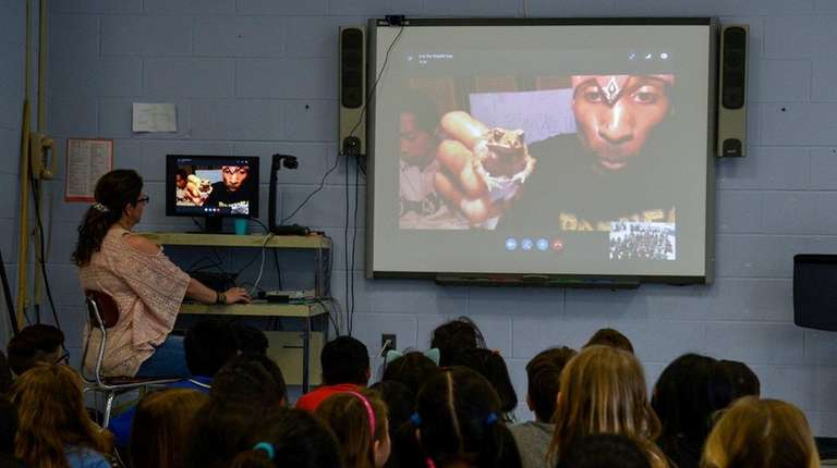 Third-graders at Searingtown School in Albertson Skype with