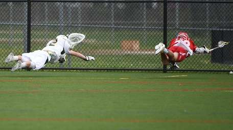 Goalie Perry Cassidy of Ward Melville and Connor