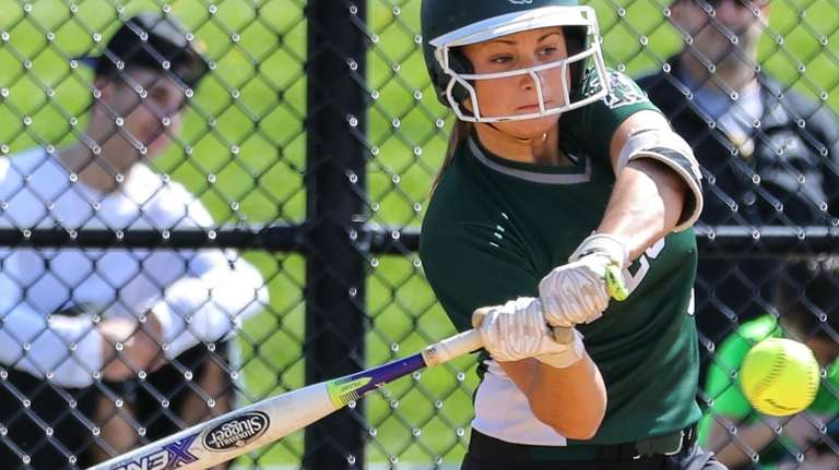 Danielle D'Angelo of William Floyd had a strong