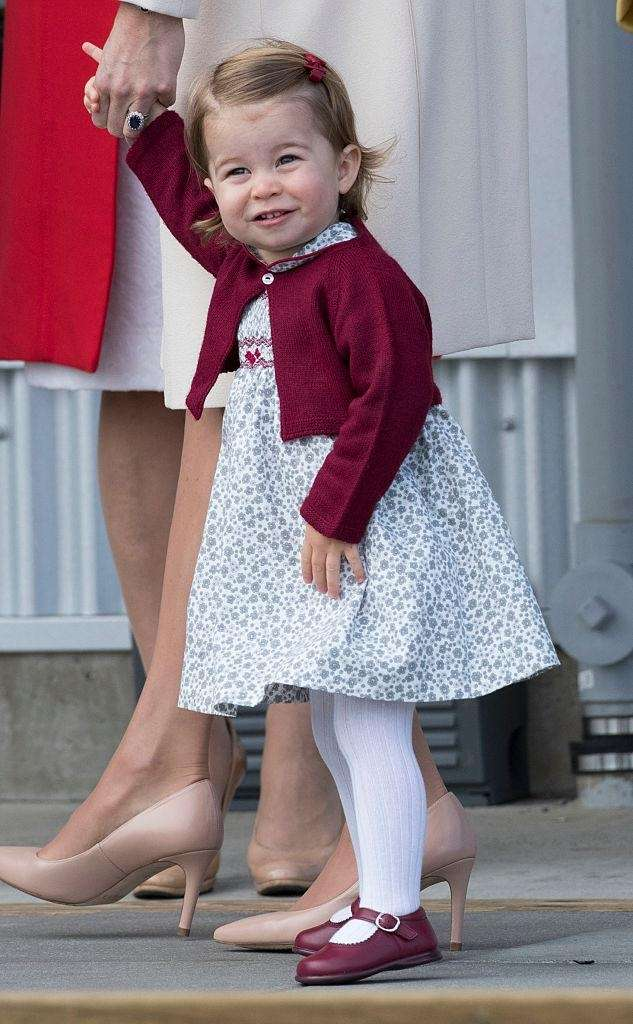 Princess Charlotte leaves from Victoria Harbour to board