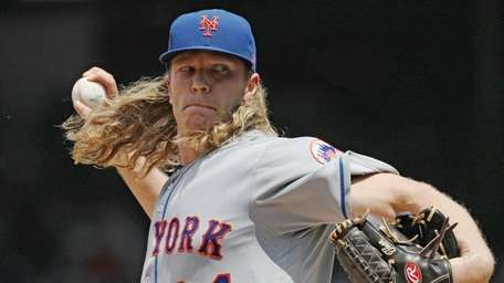 Starting pitcher Noah Syndergaard #34 of the New