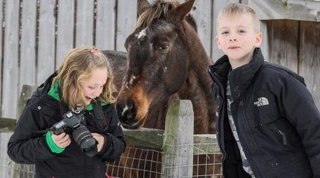 Kidsday reporters Skylar Mysliborski and Aimen Tabor enjoy