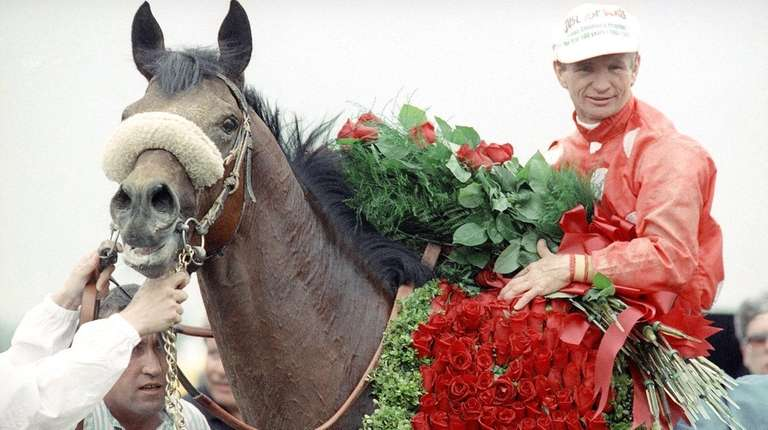Jockey Pat Day is all smiles atop Lil