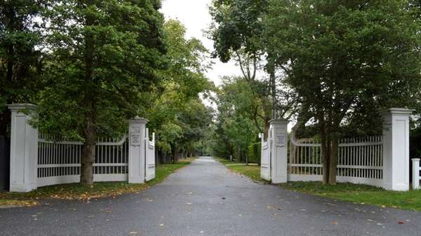Holly Lane, a private road in Water Mill,