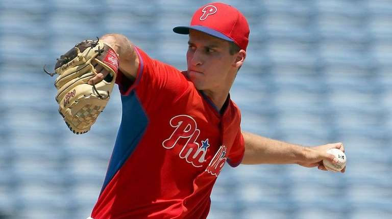 Nick Fanti of the Phillies pitchesduring the Gulf