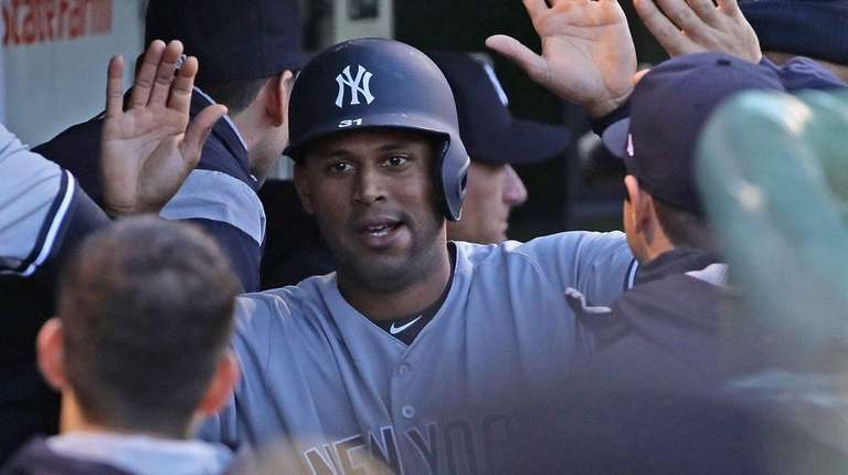 Aaron Hicks of the New York Yankees is
