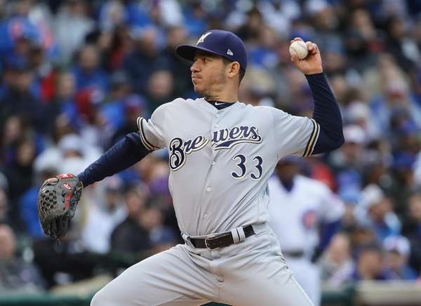 Starting pitcher Tommy Milone #33 of the Milwaukee