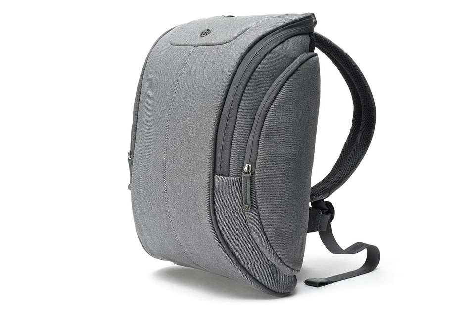 The Booq Cobra Squeeze Backpack is the perfect
