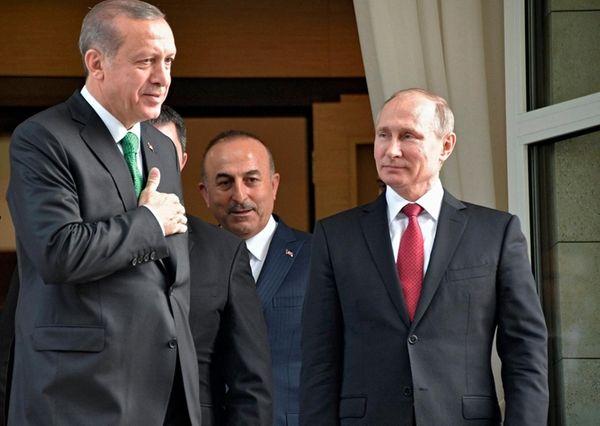 Turkish President Recep Tayyip Erdogan, left, and Russian