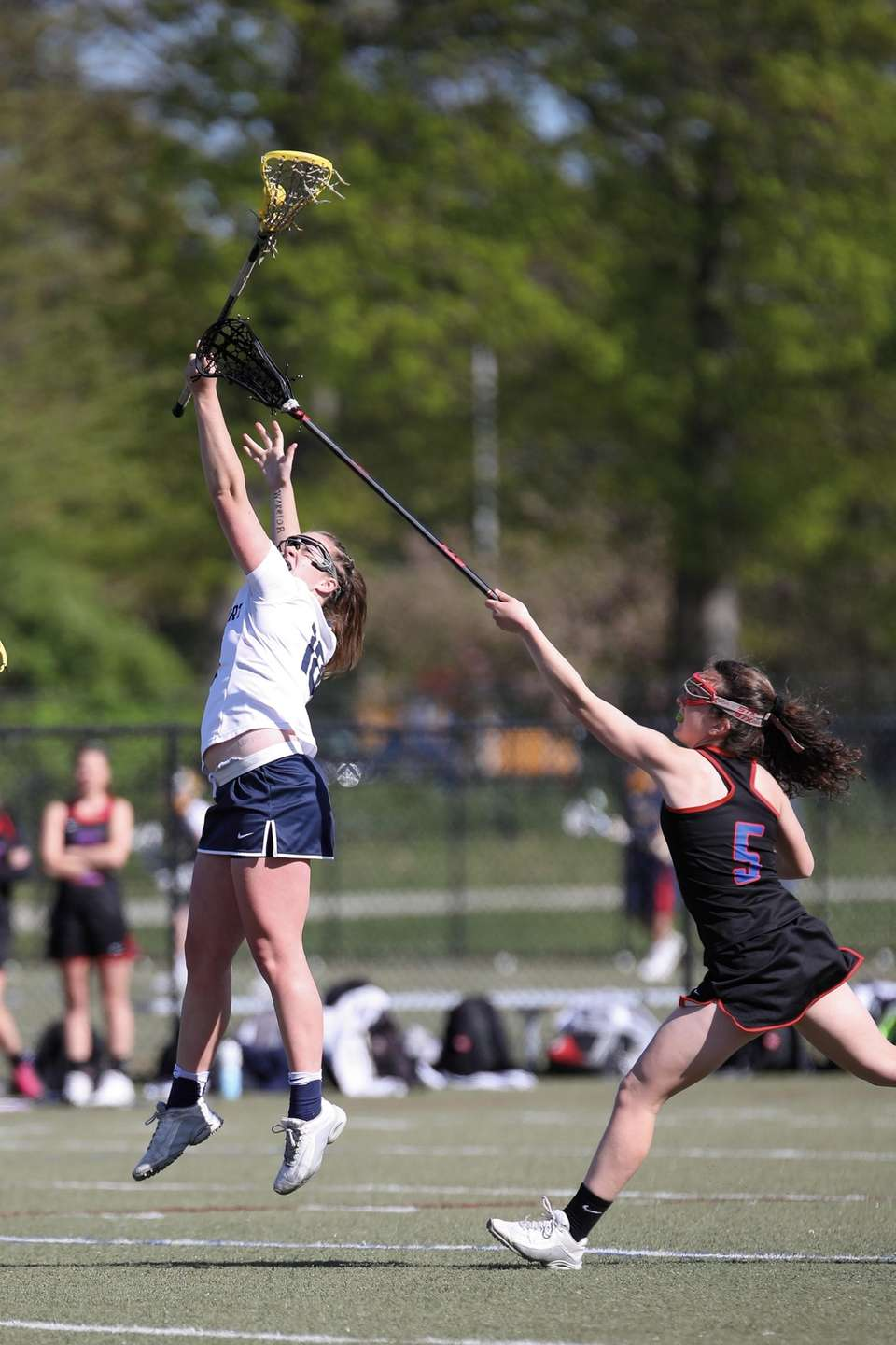 Northport's Meghn Smith (18) controls the draw in