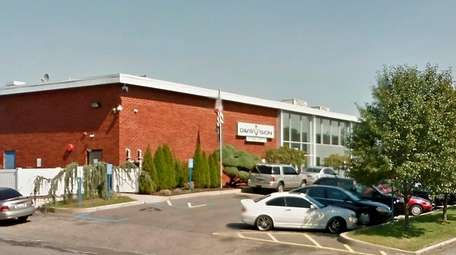 Davis Vision's Plainview facility is slated to close