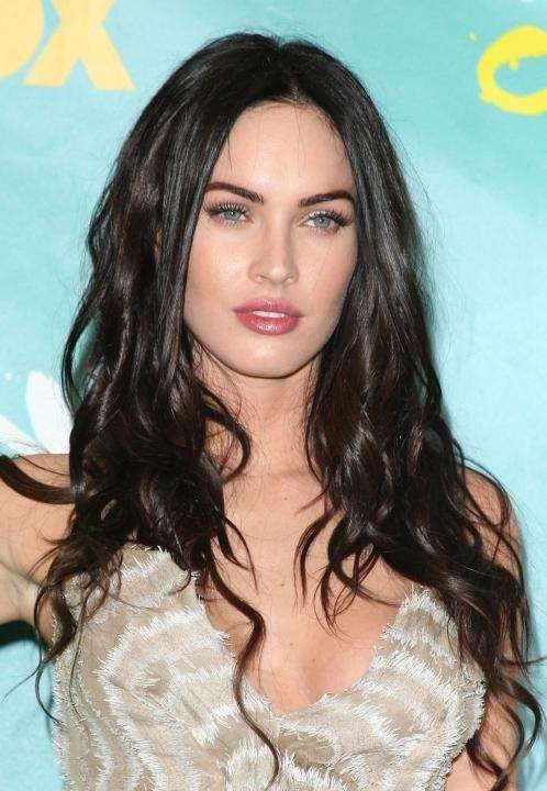 Actress Megan Fox poses with the Choice Hottie