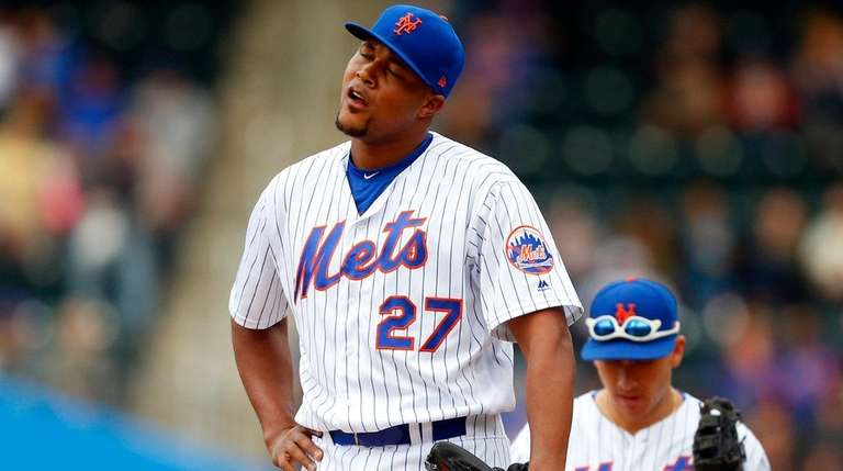 Jeurys Familia of the New York Mets reacts