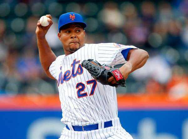 Mets closer Jeurys Familia pitches in the ninth