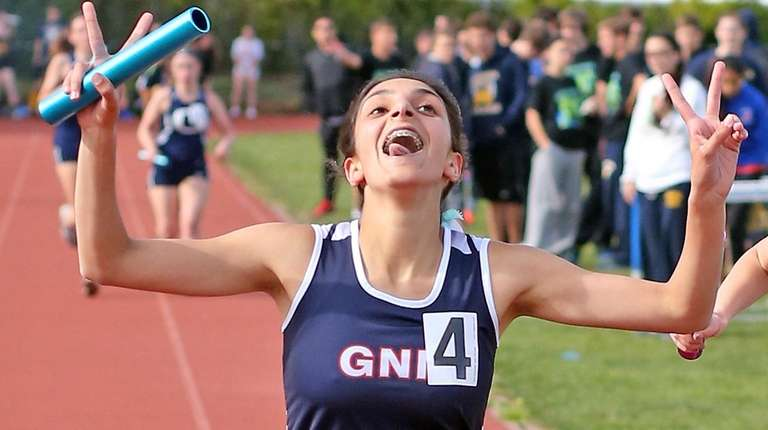 Great Neck North's Alexis Namdar takes her team