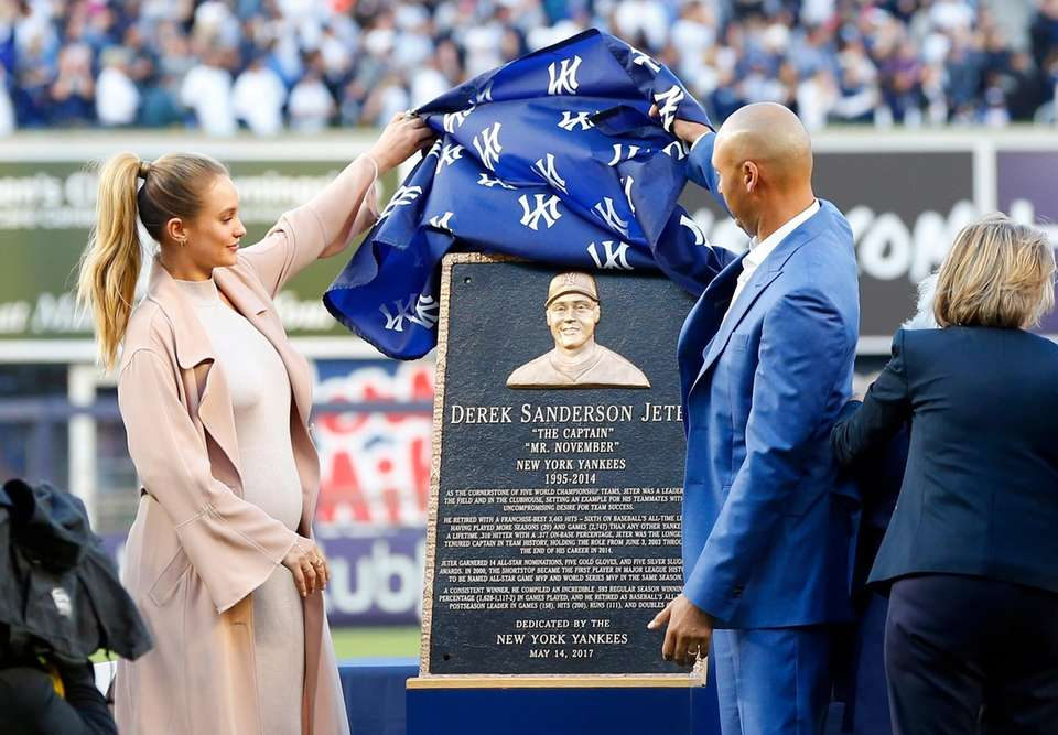 Derek Jeter unveils his monument park plaque with