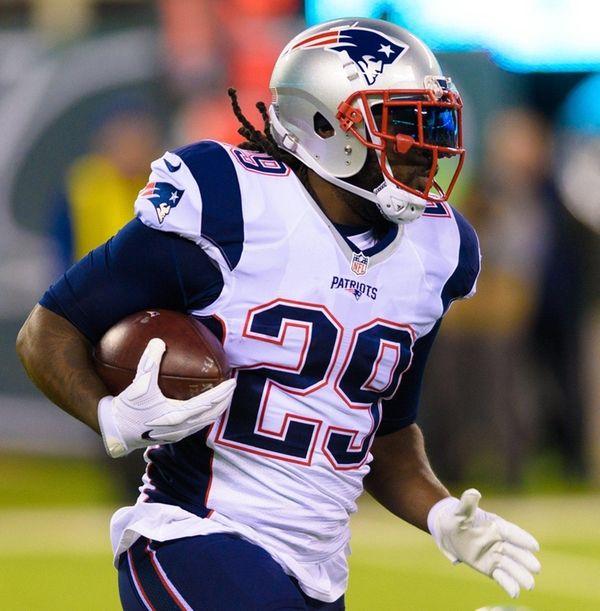 New England Patriots running back LeGarrette Blount (29)