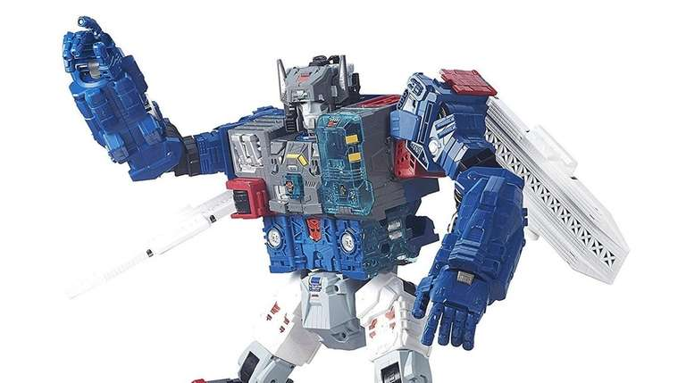 Putting together the Transformers: Titans Return Fortress Maximus
