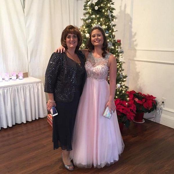 Diane Aluska and her 16-year-old daughter, Jenna. Diane