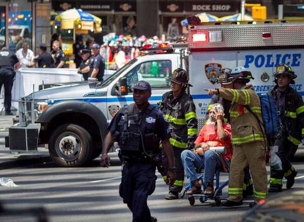 Vehicle  plows into Times Square crowd; 1 dead, at least 22 hurt